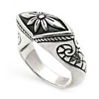 Incomparable Silver Art Ring
