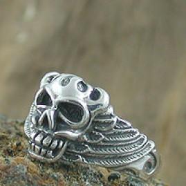 Evil Head Winged Skull Ring