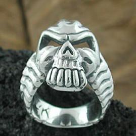 Dragon Man Skull Ring