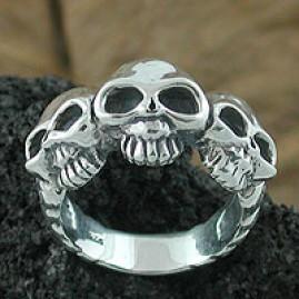 Three Alien Skull Ring