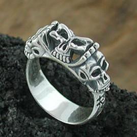 Hot Skull Ring